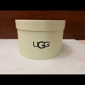 UGG Accessories - UGG Genuine Dyed Shearling Single U Ear Muffs
